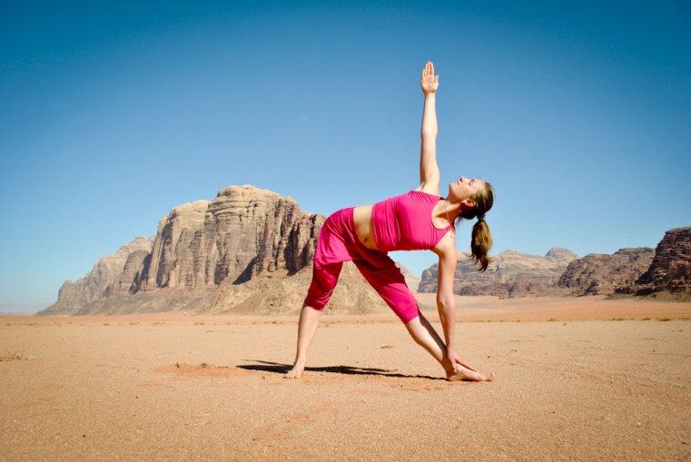 инструктор йоги