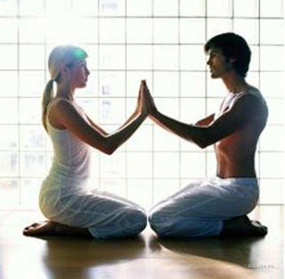 йога с партнером